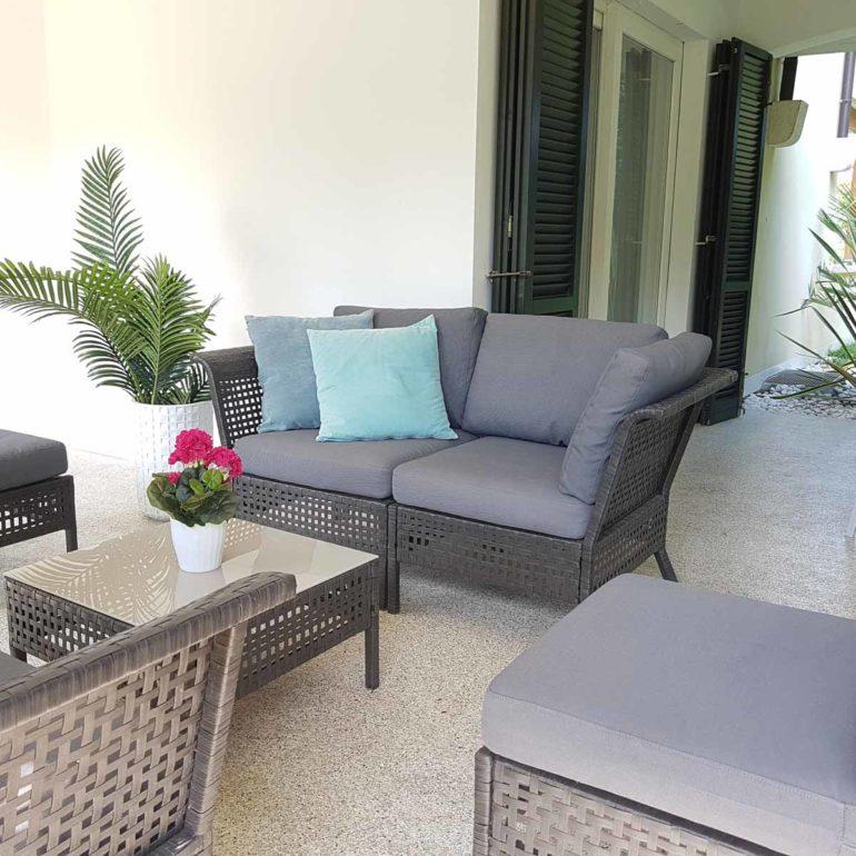 Italia Living Villa Garda courtyard with barbecue